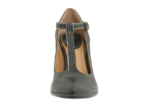 49248a6852bf OFD (obsessive Frye disorder)- the betty t-strap
